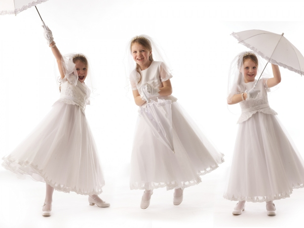 Ni-Riain-Photography-First-Communion-Studio-portrait-Tipperary-Ireland
