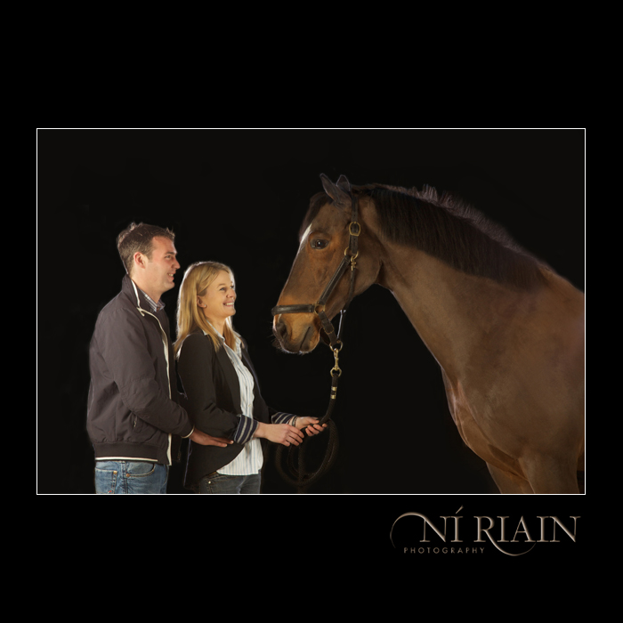 Engagement portrait with showjumping horse Equine photographer N